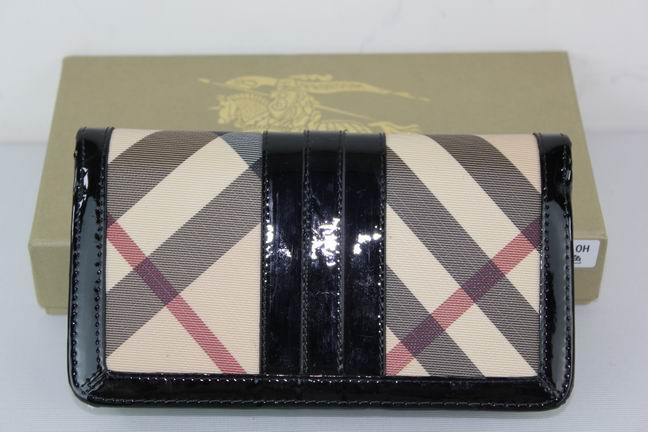 Burberry Outlet Purse Model 048