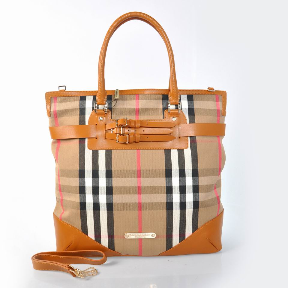 Burberry Outlet Tote Bag Khaqi Model014