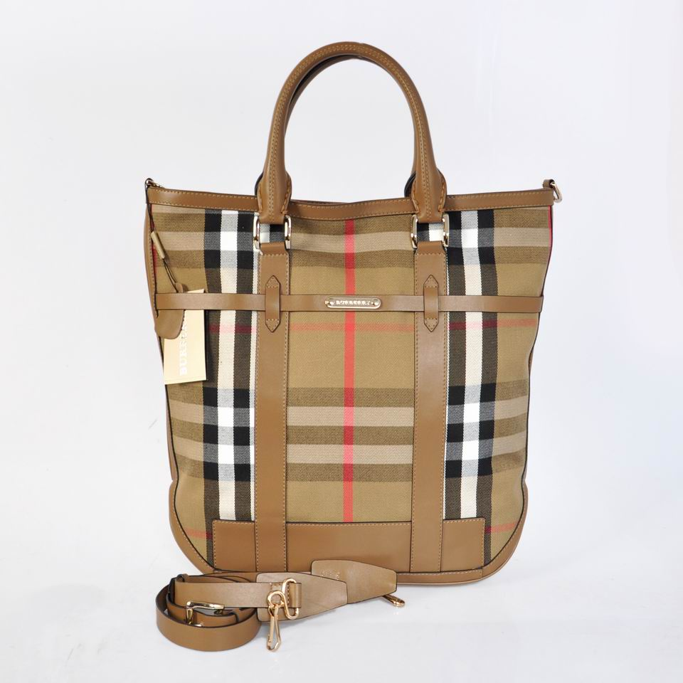 Burberry Outlet Tote Bag Khaqi Model069
