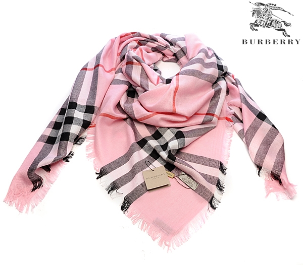 Burberry Outlet Check Scarf Model001