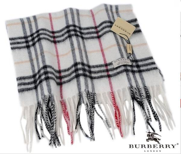 Burberry Outlet Check Scarf Model007