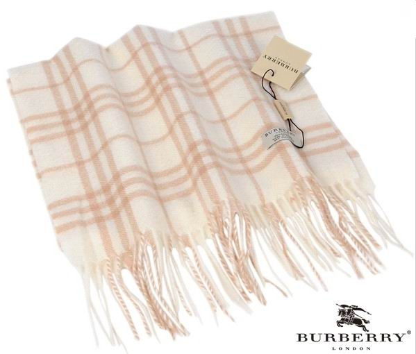Burberry Outlet Check Scarf Model009