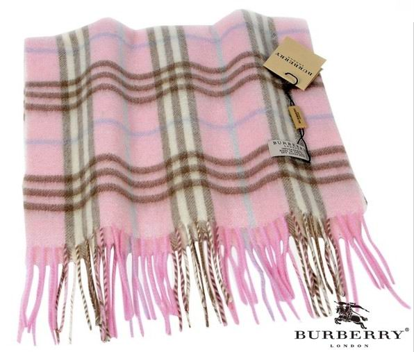 Burberry Outlet Check Scarf Model010