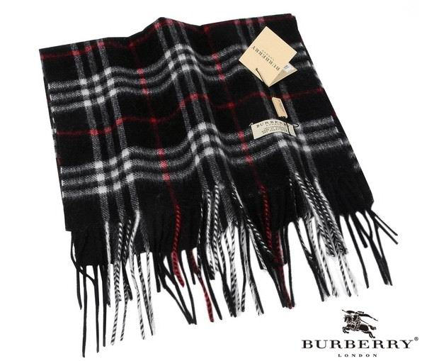 Burberry Outlet Check Scarf Model013