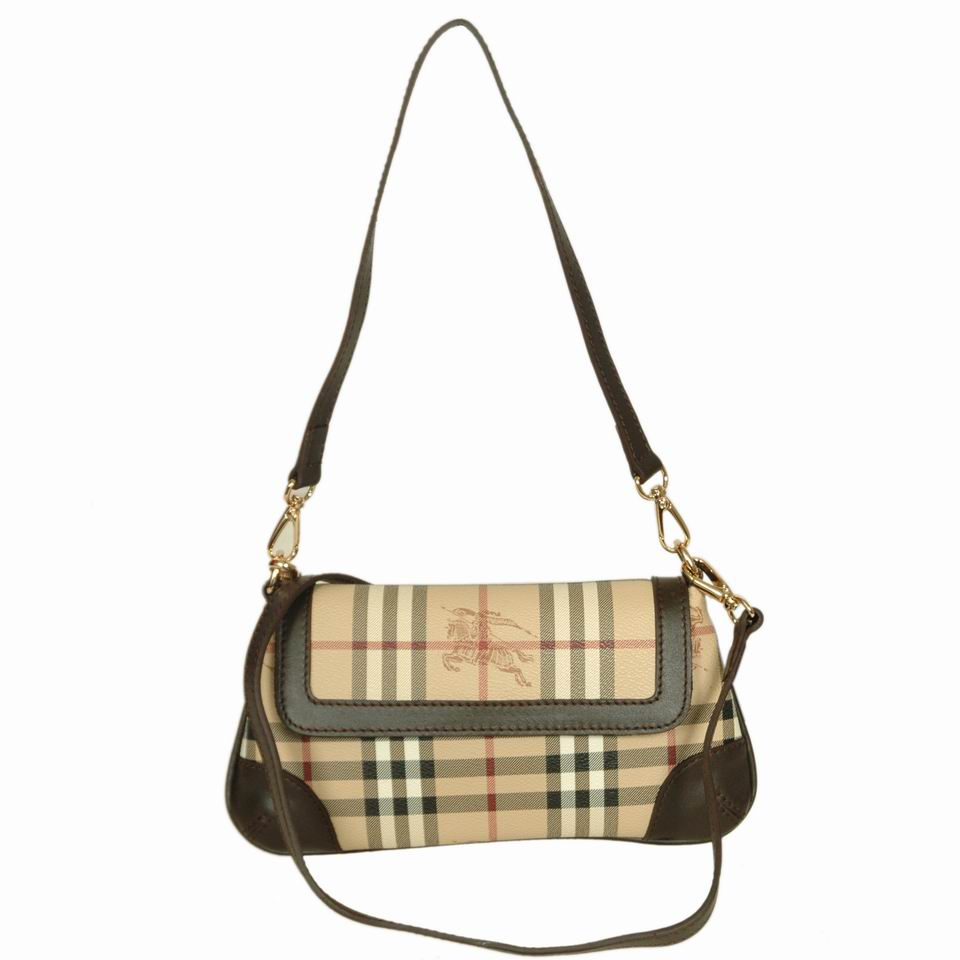 Burberry Outlet Crossbody Bag Black Model010
