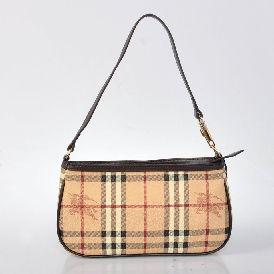 Burberry Outlet Crossbody Bag Black Model012