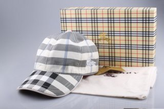Burberry Outlet Hat Model001