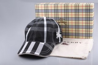 Burberry Outlet Hat Model003