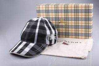 Burberry Outlet Hat Model004
