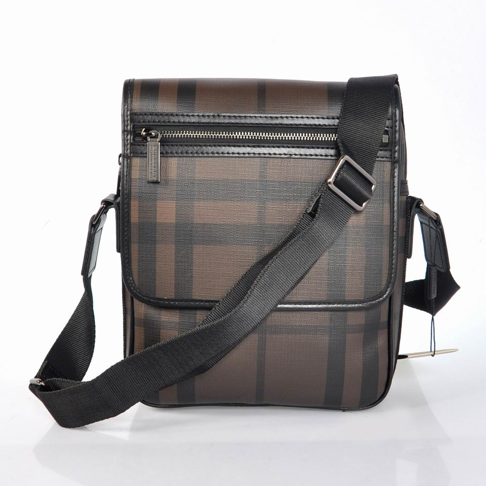 Burberry Outlet Men Bag Model039