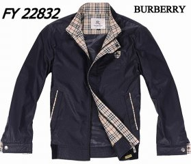 Burberry Outlet Men Coat Model005