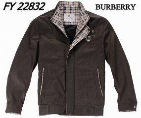 Burberry Outlet Men Coat Model006