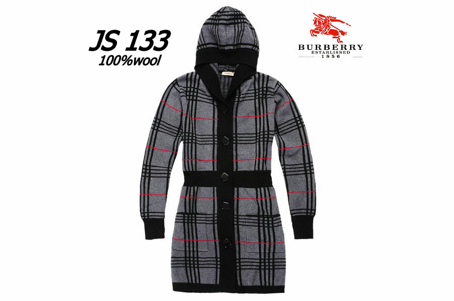 Burberry Outlet Women Coat Model001
