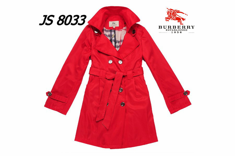 Burberry Outlet Women Coat Model004