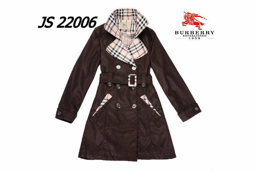 Burberry Outlet Women Coat Model008