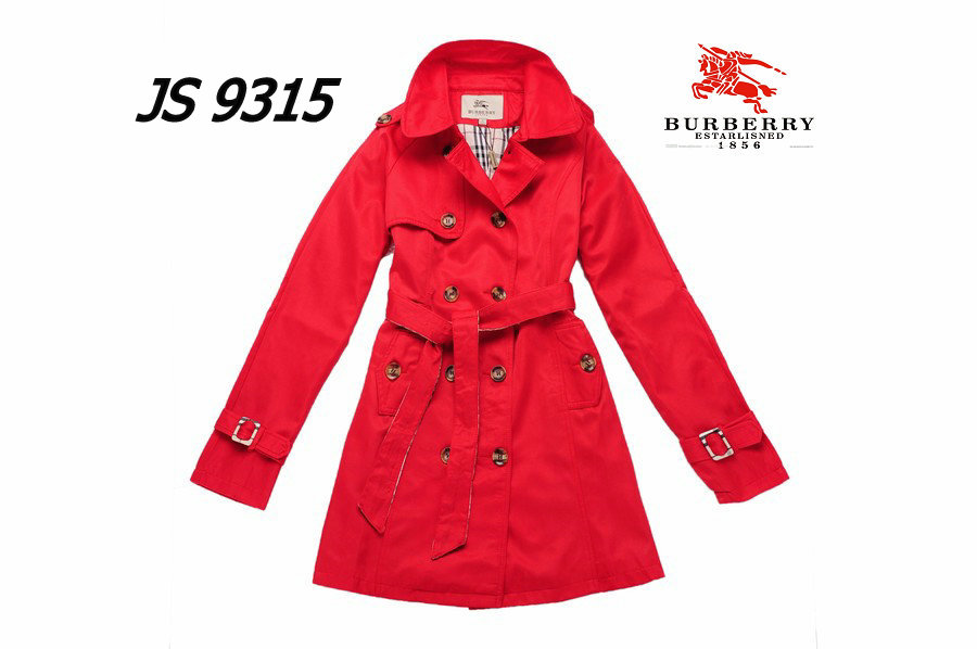 Burberry Outlet Women Coat Model010
