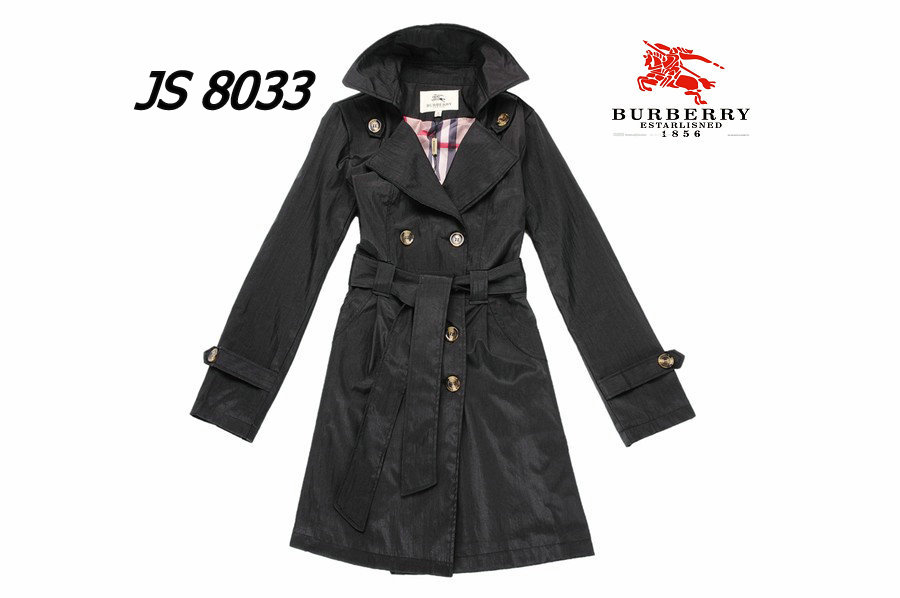 Burberry Outlet Women Coat Model013