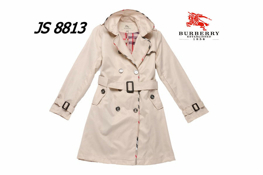 Burberry Outlet Women Coat Model014