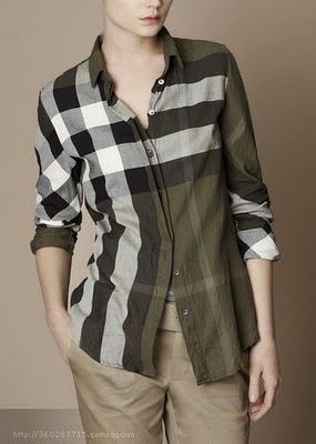 Burberry Outlet Women T Shirt Model001