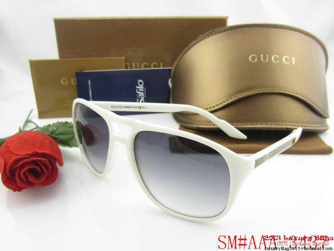 Gucci Sunglasses GGS335