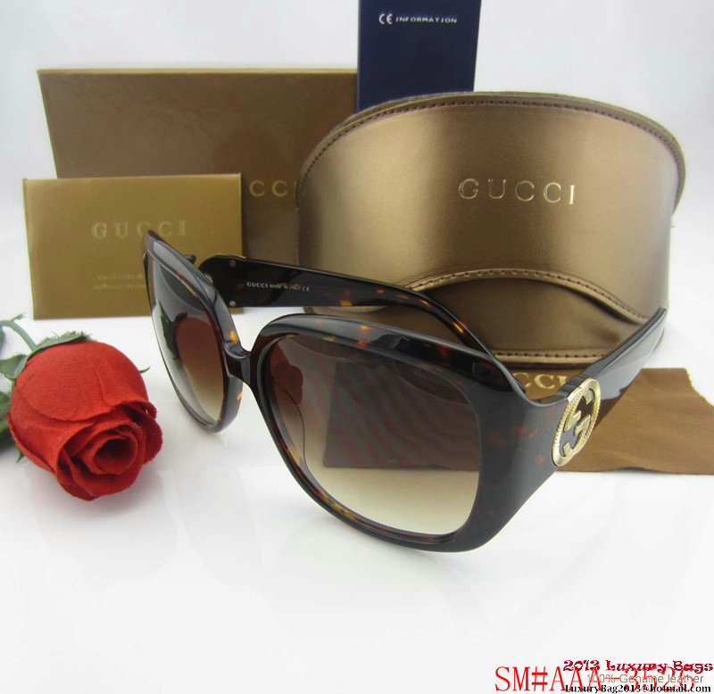 Gucci Sunglasses GGS421