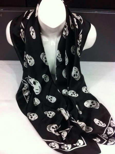 Replica MQUEEN Scarves Silk MQ16010 Black
