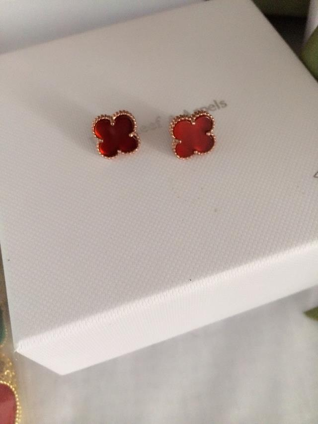 Van Cleef & Arpels Earrings VCA1214012