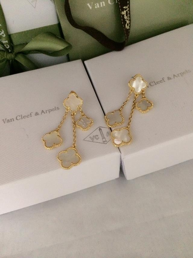 Van Cleef & Arpels Earrings VCA1214026