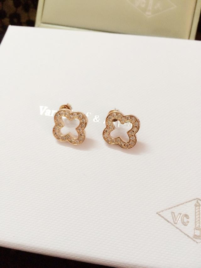 Van Cleef & Arpels Earrings VCA1214032