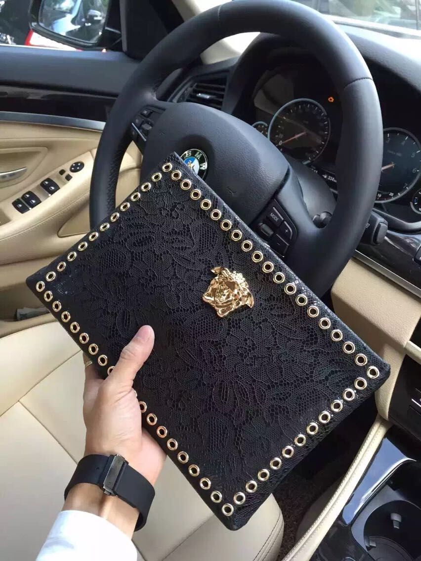 Versace Clutch Bags Original Ostrich Grain Leather V9902 Black