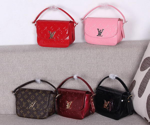 Louis Vuitton Monogram Vernis PASADENA Bag M90949