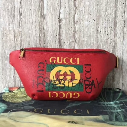 Gucci Calfskin Leather Pocket 493869 Red