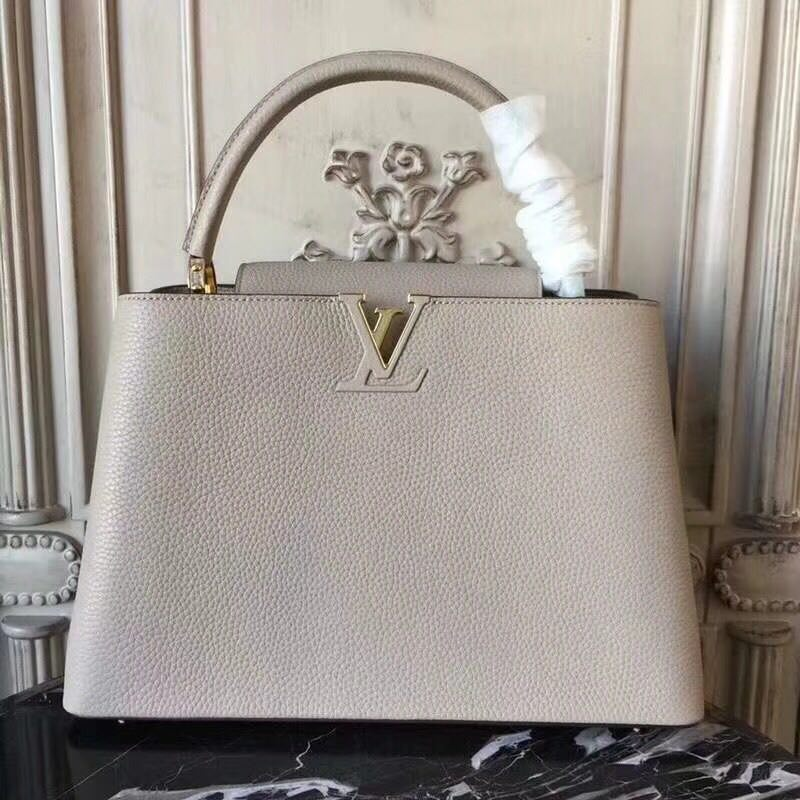 Louis Vuitton Elegant Capucines Bag MM M41813 grey