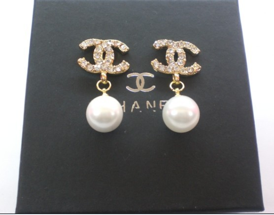 0 2010 Cheap Chanel CC Logo Gold pearl Earrings For Replica