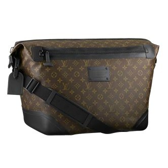 Louis Vuitton Mens Messenger Bags And Totes Voyage Waterproof M40400